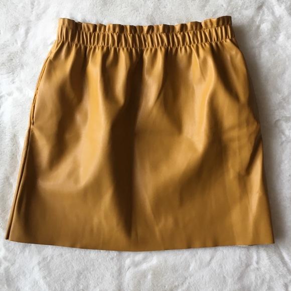 Zara Dresses & Skirts - Zara leather skirt